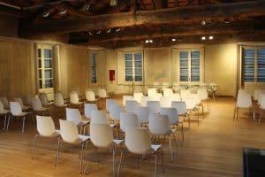 Hypnose Seminare Trainings Schulungen Hannover Hameln Detmold Bielefeld Psychotherapie und systemisches Coaching - Nils Sturies - NLP Trainer, Hypnosetherapeut und Kommunikationstrainer