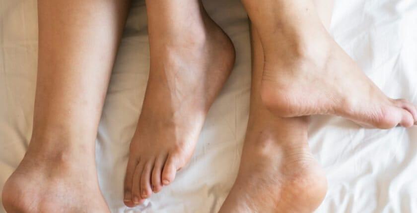Erektionsstörung im Bett kann zu Beziehnungsabbrüchen führen. Lösen sie die sexuellen Blockaden beim Mann